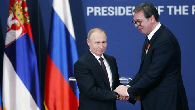 Putin obećao Vučiću pomoć iz Rusije 2
