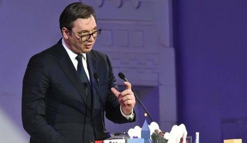 Vučić: Ne kršim Ustav 5