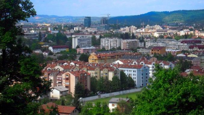 Brnabić i visoka delegacija Srbije na svečanom defileu povodom Dana RS u Banjaluci 1