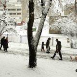 Nacionalni centar za obaveštavanje: Zbog snega i ledene kiše oko 70.000 potrošača imalo probleme sa strujom 1