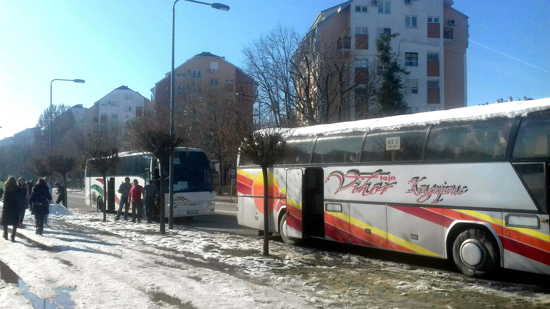 Na doček Putina pristižu autobusi, najviše iz Niša i Kruševca (FOTO) 4