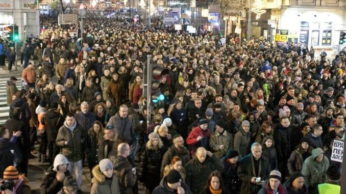 Opozicija sa Mekalisterom: Ujedinjeni u protestima 1