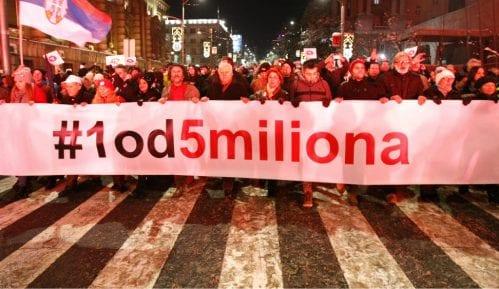 """U Negotinu sinoć održana prva protestna šetnja """"Jedan od pet miliona"""" 14"""