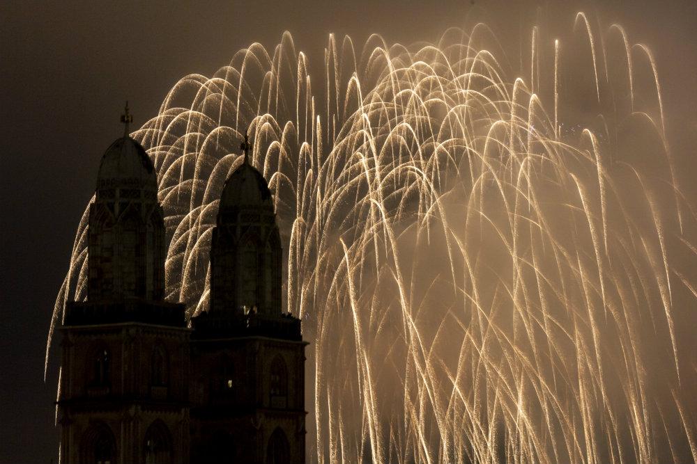 Vatrometi obeležili početak Nove godine u svetu (FOTO) 9