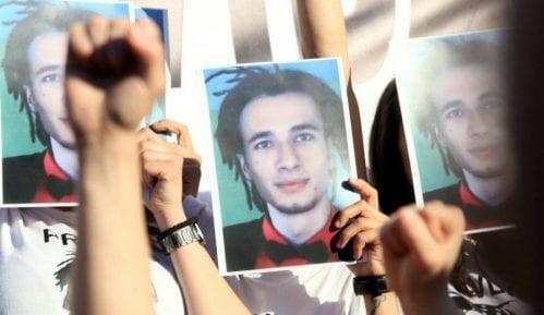 """Roditelji prebacuju Davidovo telo u Austriju, da ne počiva u """"mafijaškoj državi"""" 15"""