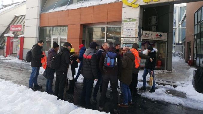 Deset osoba krenulo peške iz Kraljeva na skup 16. januara u Beogradu 3