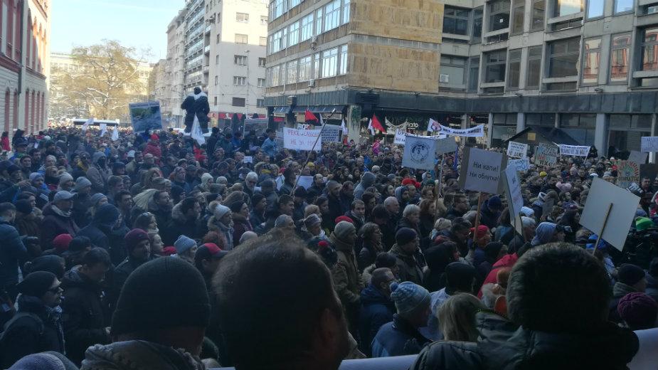 Nekoliko hiljada građana na protestu protiv MHE (VIDEO) 2