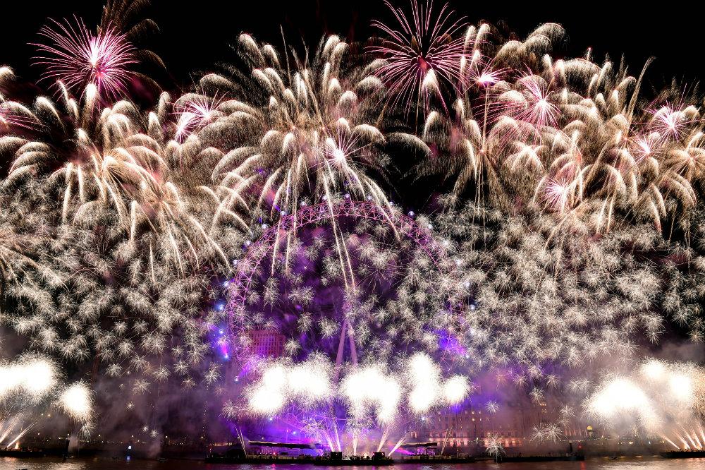 Vatrometi obeležili početak Nove godine u svetu (FOTO) 2