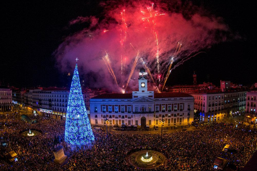 Vatrometi obeležili početak Nove godine u svetu (FOTO) 4