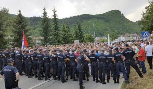 Malinari iz zapadne Srbije se prudružuju protestima u Beogradu 14