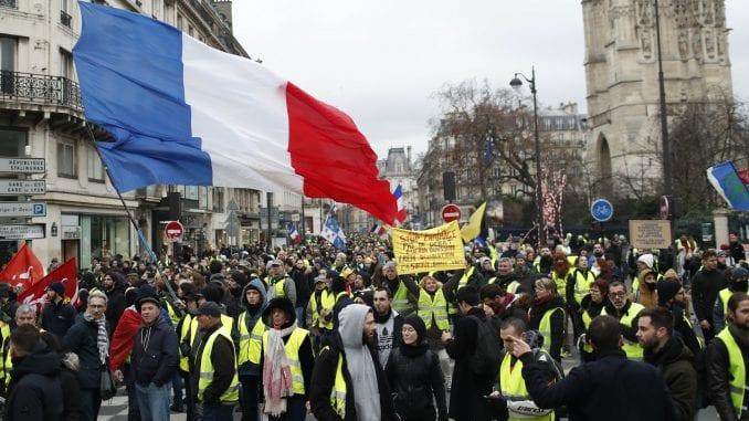 Francuska: Parlament raspravlja o pravu na ograničenje protesta 1