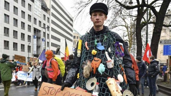 Protest u Briselu za veću aktivnost vlade u borbi protiv klimatskih promena 1