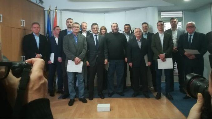 Predstavnici opozicije usvojili Predlog Sporazuma sa narodom (PDF) 3