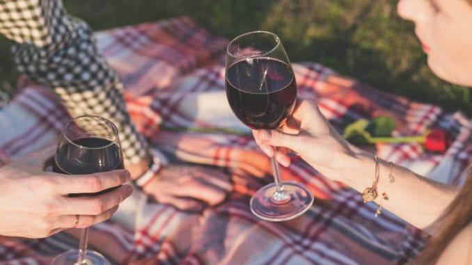 U EU se na alkohol troši godišnje 300 evra po glavi stanovnika 1