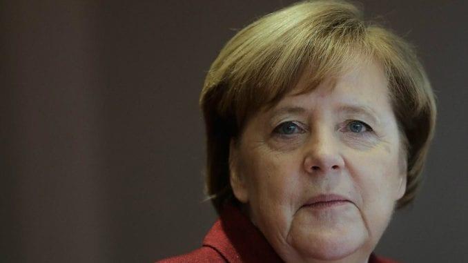 Merkel: Promena granica Kosova neprihvatljiva 1