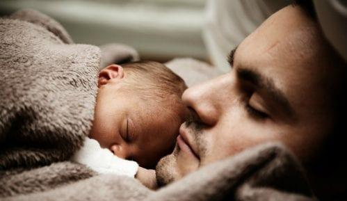 Razvoj i potrebe deteta od rođenja do šest meseci 1