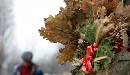 Pravoslavni vernici danas slave Badnji dan 10