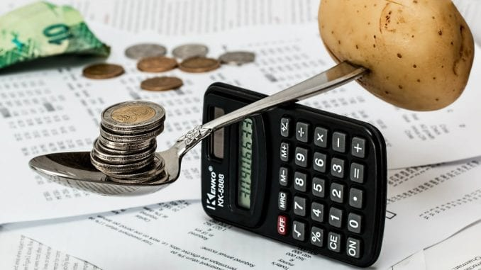 Suficit 64,8 milijardi dinara, javni dug 52 odsto BDP-a 2
