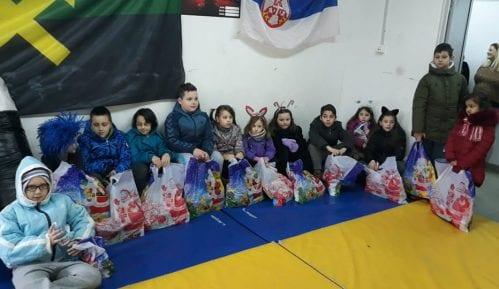 """Boks kluba """"Miners"""": Paketići za najmlađe sugrađane 8"""