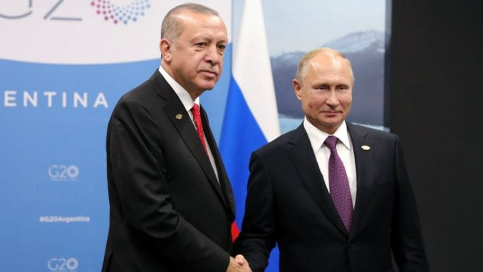 Predsednici Rusije i Turske najavili prekid vatre u Siriji od ponoći 1