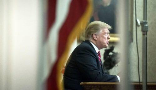 Tramp odustao od zida, traži 5,7 milijardi dolara za čeličnu ogradu ka Meksiku 7