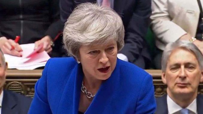 Tereza Mej suočena s pritiskom da podnese ostavku 1