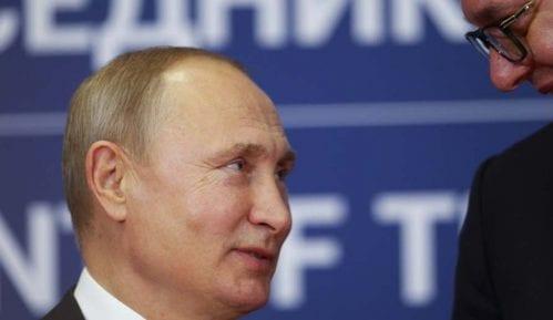 Vučić ispratio Putina 2