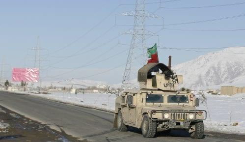 Broj mrtvih u napadu talibana na vojnu bazu u Avganistanu porastao na 45 14
