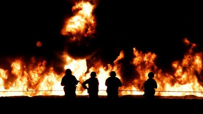 Devet mrtvih u požaru na dva broda u Kerčkom moreuzu 1