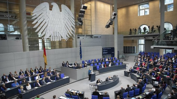 Nemačka: Potraga za hakerima koji su objavili podatke hiljadu političara 1