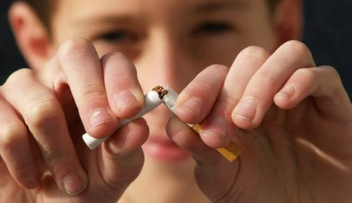 Zabrana pušenja na ulici kao protivepidemijska mera u Španiji 4