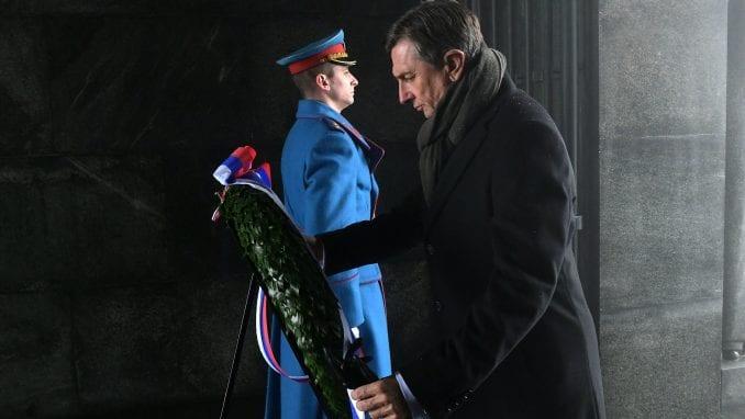 Predsednik  Slovenije položio venac na Spomenik neznanom junaku 1