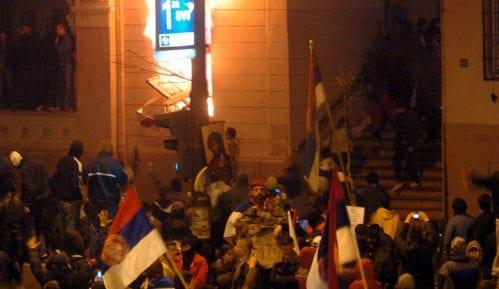 Sud skoro godinu dana preispituje optužnicu zbog paljenja ambasada 15