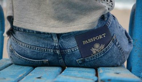 Bez vize moguće putovati u 64 države 14