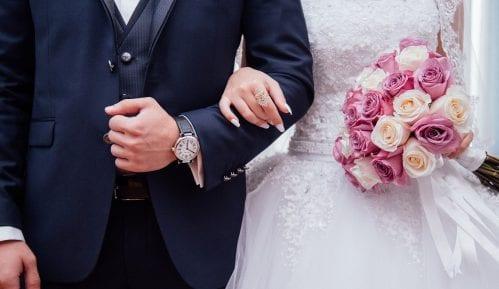 Niš: Epidemija prepolovila broj venčanja i prihode od svadbi 13