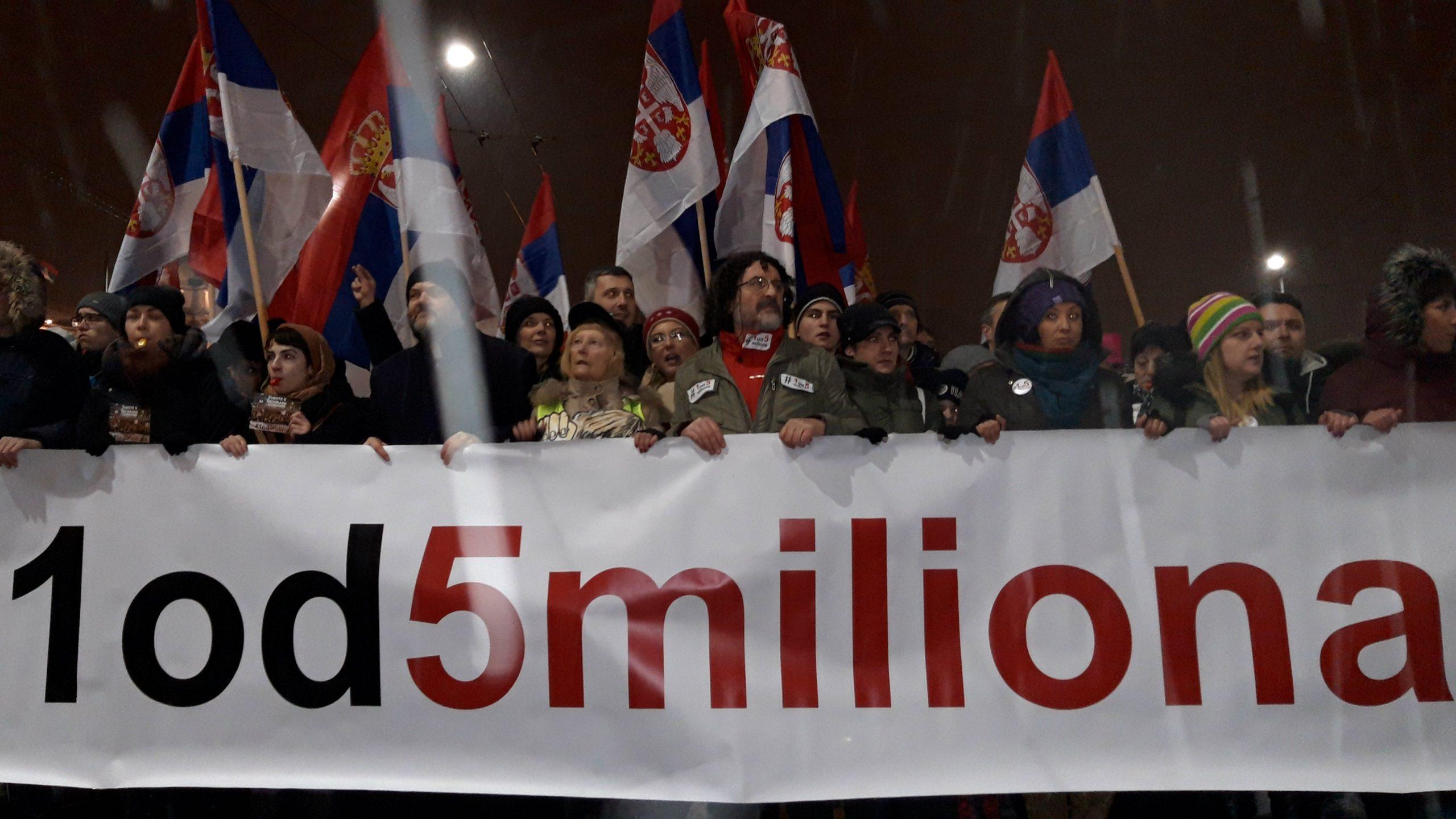 """Protest """"1 od 5 miliona"""": Bujoševiću, nije srpski ćutati (VIDEO) (FOTO) 1"""