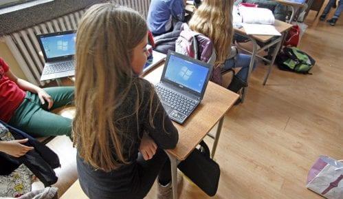 Učitelji i učiteljice osposobljeni da predaju informatiku 2
