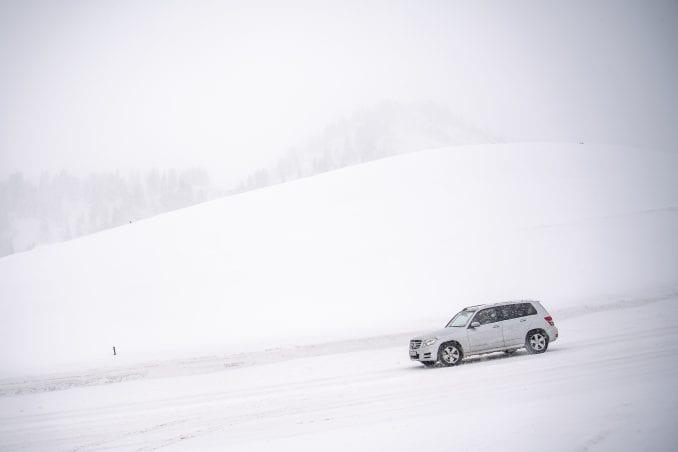 Jak sneg u Nemačkoj i Austriji doveo do haosa u saobraćaju 4