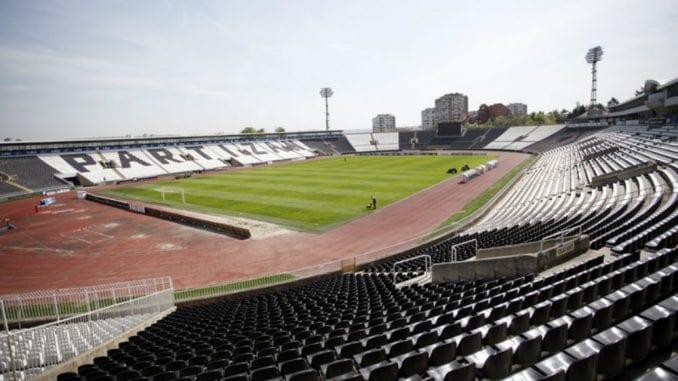 Na stadionu Partizana održana komemoracija poginulima u padu aviona 1958. 2
