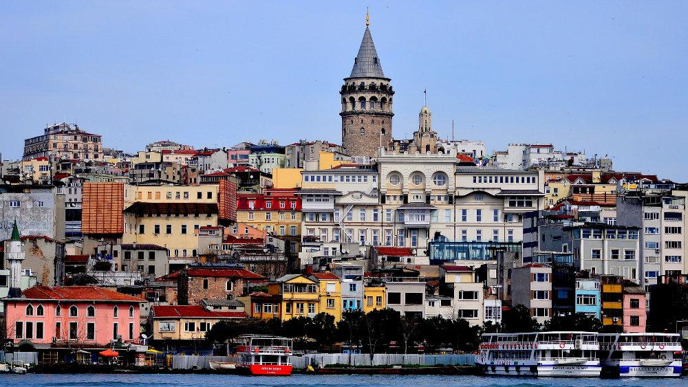 Turski sud osudio na 27 godina zatvora opozicionog novinara 1
