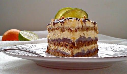 Recept nedelje: Voćna torta sa čokoladom 11