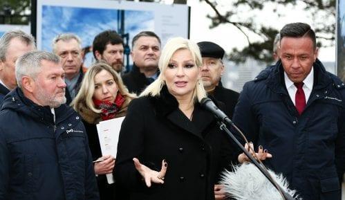 Mihajlović: Okupljanje građana koji hoće da pozdrave Putina i Vučića nije kontramiting 7