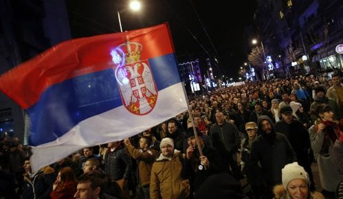 Da li vlast vešalima sabotira protest? 13