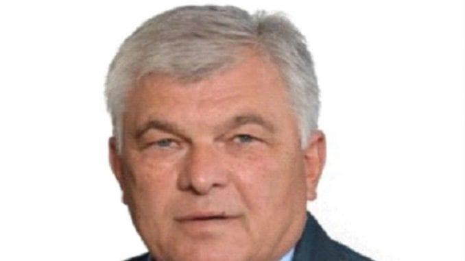 Miloševićev i Šešeljev zid 1
