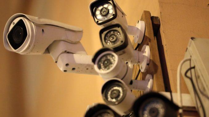 Veliki brat iz vedra neba: Da li Beograd dobija 1.000 kamera i šta to znači 2