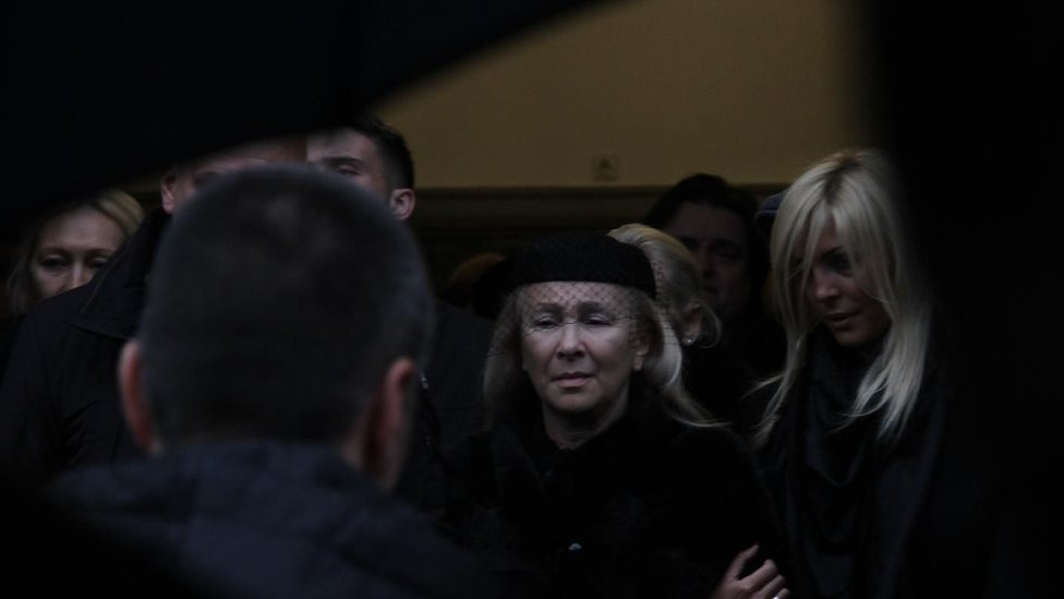 Udovica na sahrani