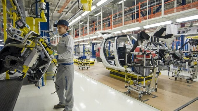 Sindikat Kragujevca traži od Vlade Srbije da spreči širenje zaraze u fabrikama 4