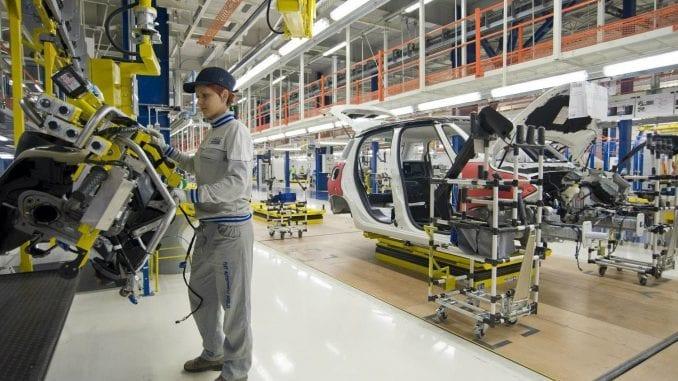 Samostalni sindikat: Radnici FCA u Kragujevcu primiće pred Novu godinu bonus na nivou prošlogodišjeg 3