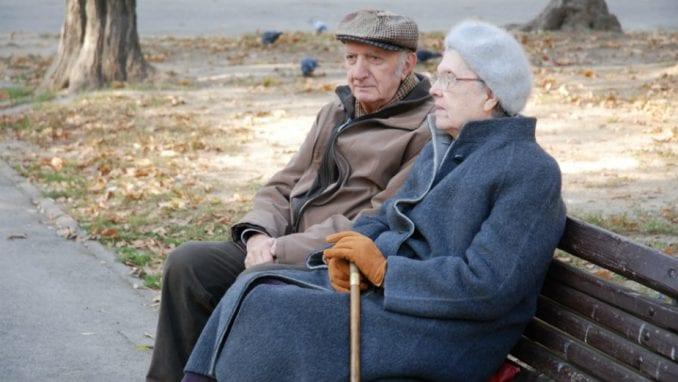 Početkom novembra svim penzionerima po 5.000 dinara 2