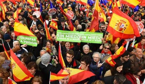Desetine hiljada ljudi izašlo na ulice Madrida 3